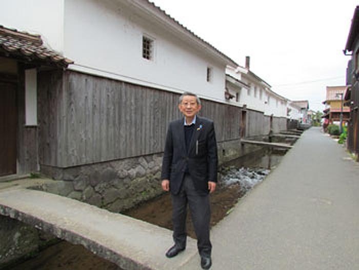 Sugiyama 16