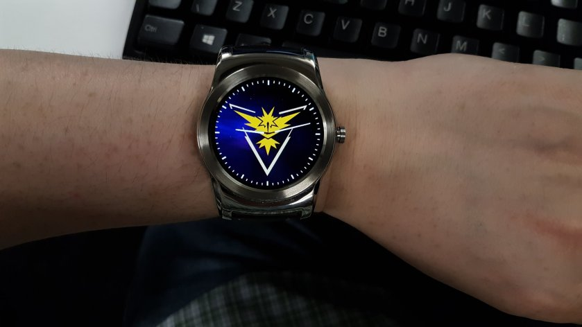 """What's the time, you ask? Why, it's... TIME YOU JOINED TEAM INSTINCT, YOU SCRUB"""