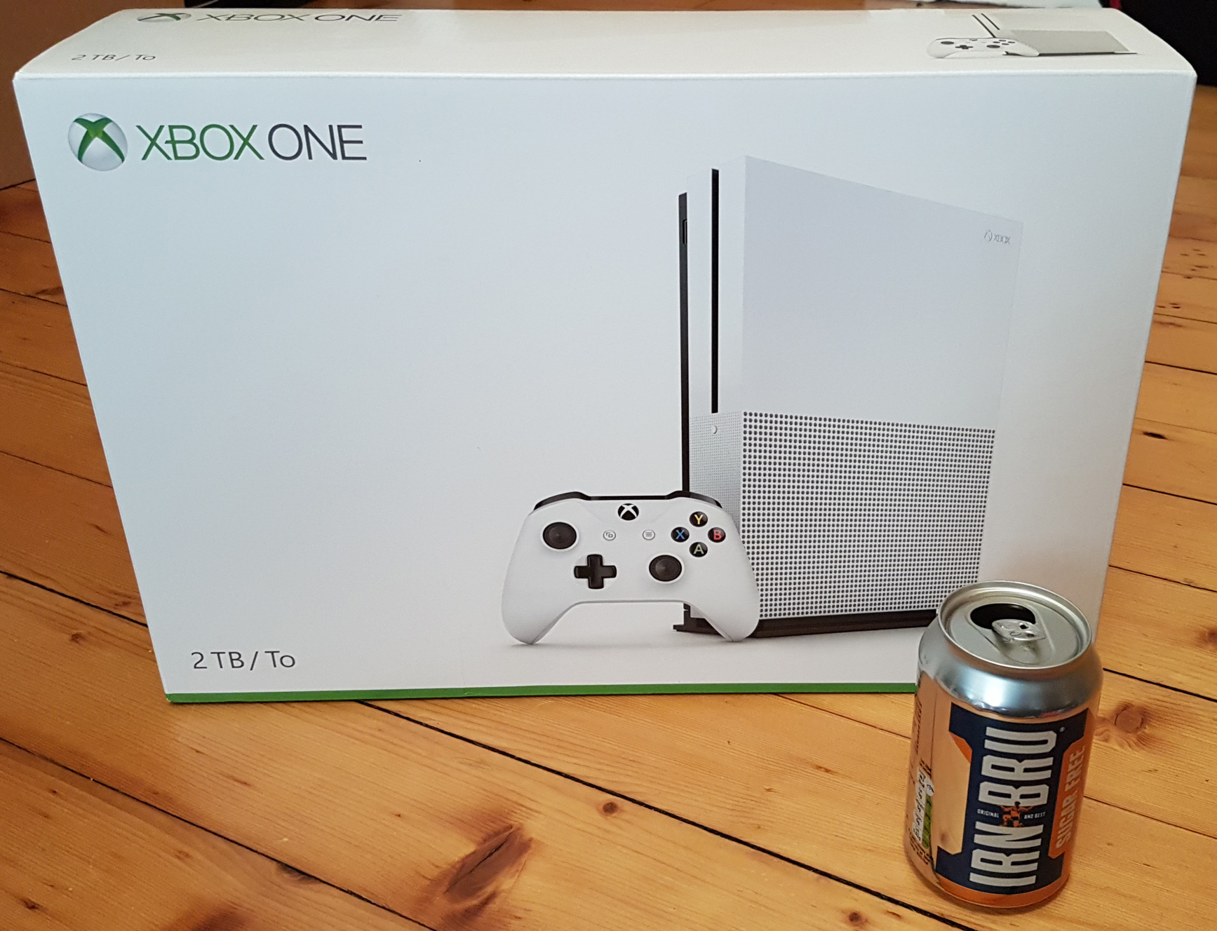 xbox one s review tired old hack. Black Bedroom Furniture Sets. Home Design Ideas