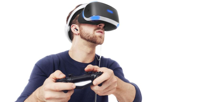 Look at this fly-ass gangster wearing the VR headset like a boss. He's going to feel a bit of a goose when he takes the headset off and realises his house has been burgled